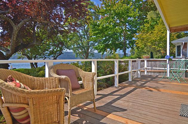 Timber deck and balustrade